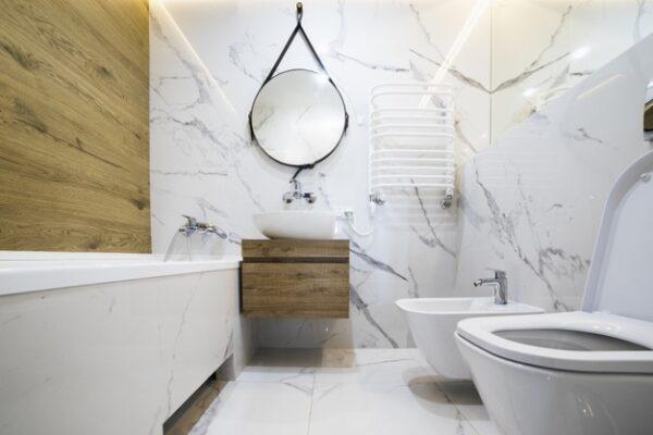 coloca correctamente los espejos en el espacio inmobiliario