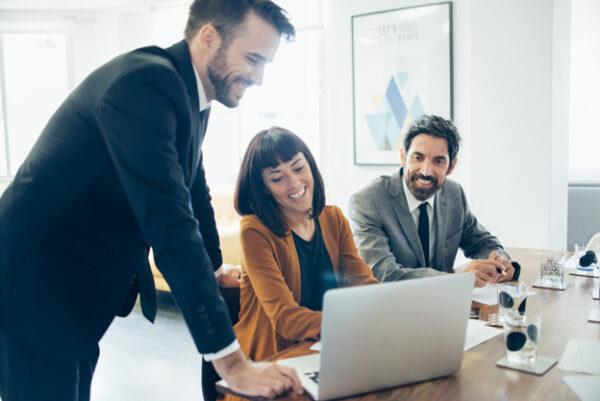 Te mostramos cómo iniciar un negocio inmobiliario con un plan de negocios