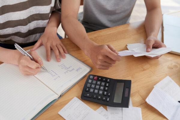 Calcula los impuestos por venta de inmuebles