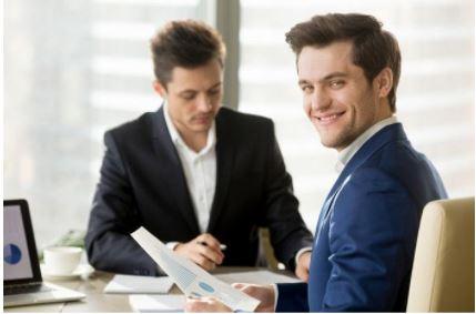 Asesorar a los clientes con optimismo