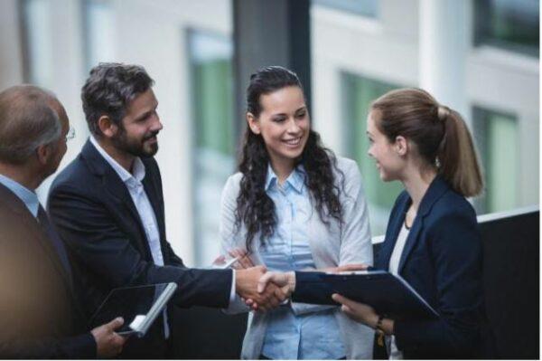 enseñar estrategias para trabajar en equipo